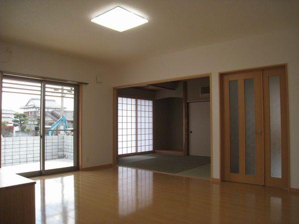 リビング→和室